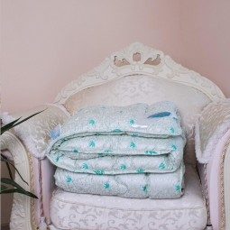 Одеяло Arda Алоэ вера с кантом зеленое с рисунком